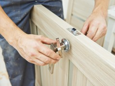 How To Select The Best Door Repair Company In NYC